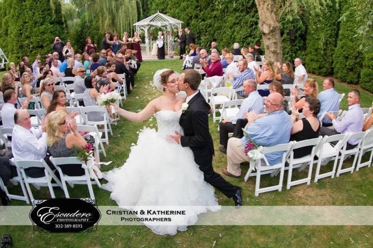 Escudero Farmhouse wedding the kiss