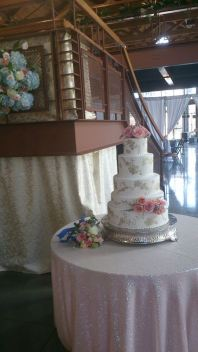 Flower Diva wow wedding cake