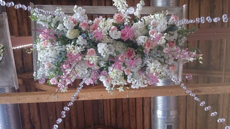 Flower Diva wow wedding ceiling piece 4
