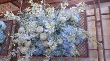 Flower Diva wow wedding wall 4