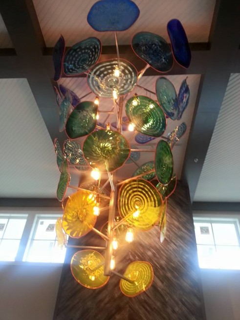 Bethany beach Ocean Suites chandelier