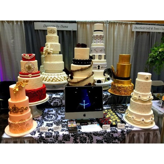 Desserts by Dana wedding cake group