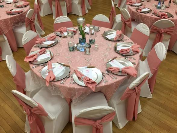 five points memorial hall pink white table decor
