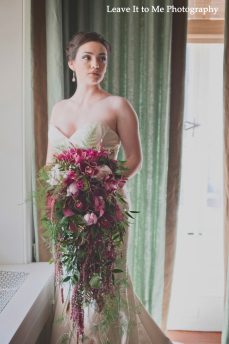 masquerade_bridal-shoot_floral-designs-by-jessi_22