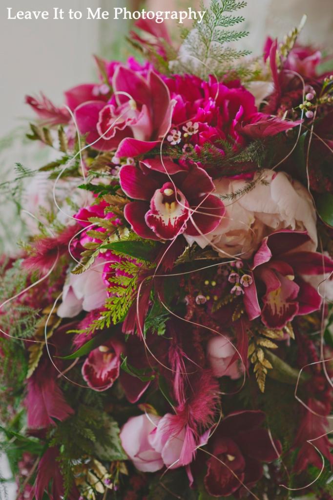 masquerade_bridal-shoot_floral-designs-by-jessi_24