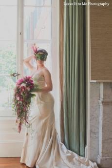 masquerade_bridal-shoot_floral-designs-by-jessi_40