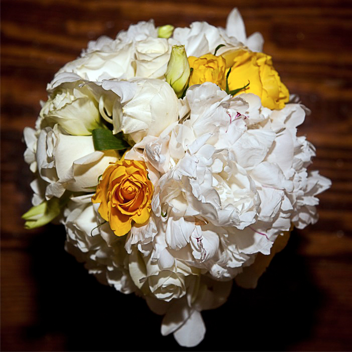 Harris Photography Kent Manor bouquet