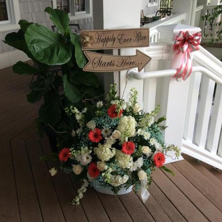 Heritage Shores summer planter and bride entrance