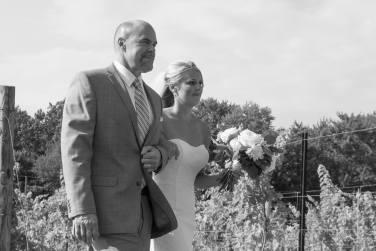 Linton Vineyard father bride aisle bw
