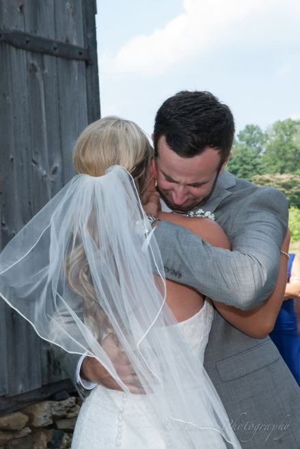 Linton vineyard first look hug
