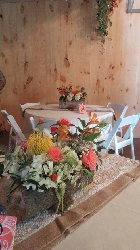 Twisted Vine log fall flowers sweetheart table decor