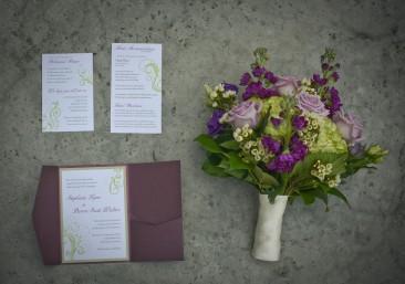 Kerry wintery Valenzano invites and bouquet