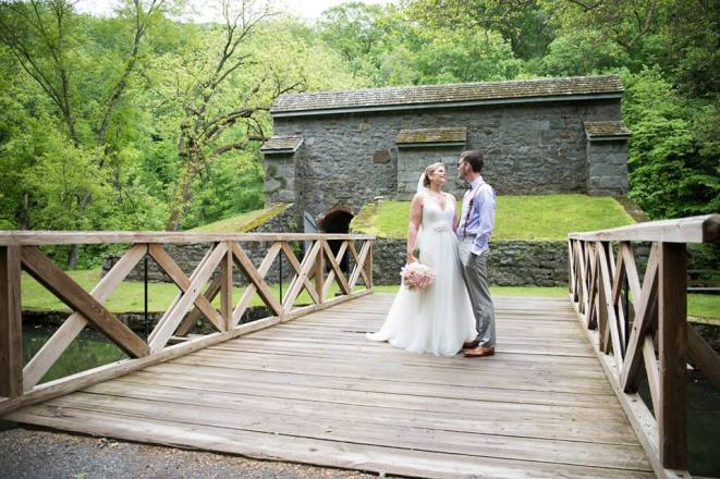Hagley Fantail Bridge bride groom