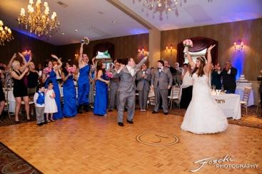 Foschi ORner apron dance