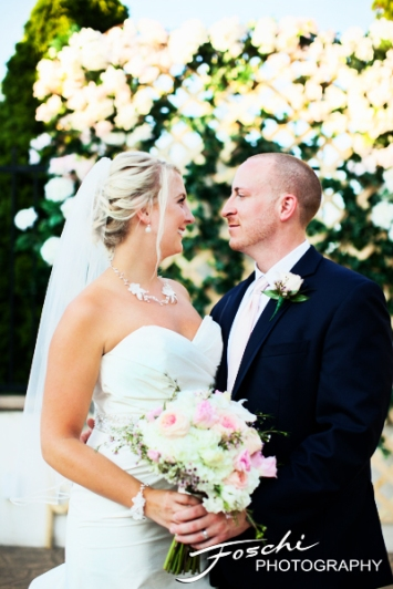 Foschi wedding pink bride and groom