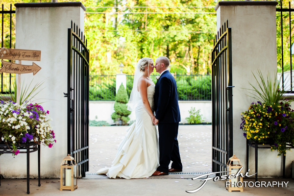 Foschi wedding pink iron gates