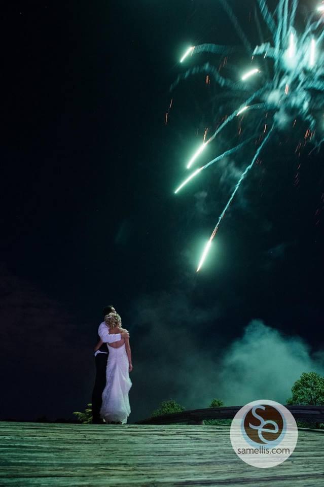 kelly-ann-fireworks-dark-sky