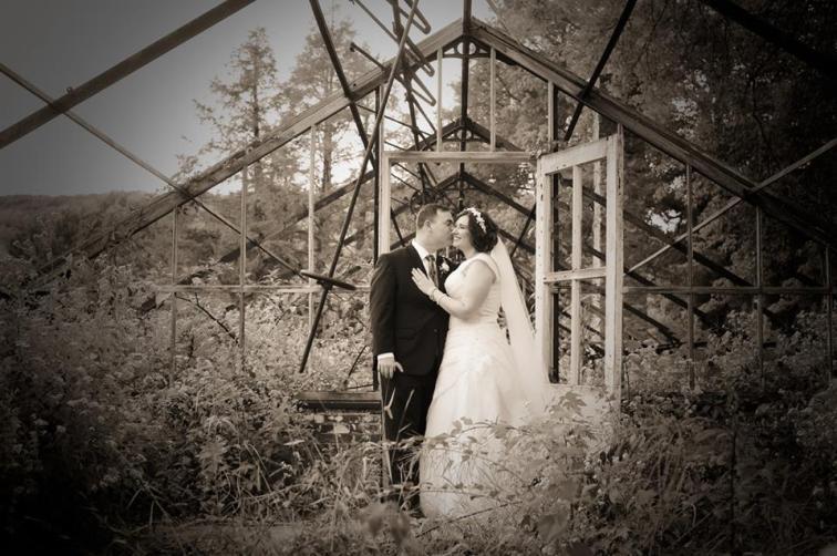 kerry-harrison-knox-bw-bride-groom-greenhouse