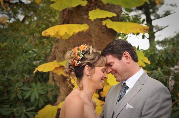 kerry-harrison-fall-rockwood-bride-groom-yellow-leaves